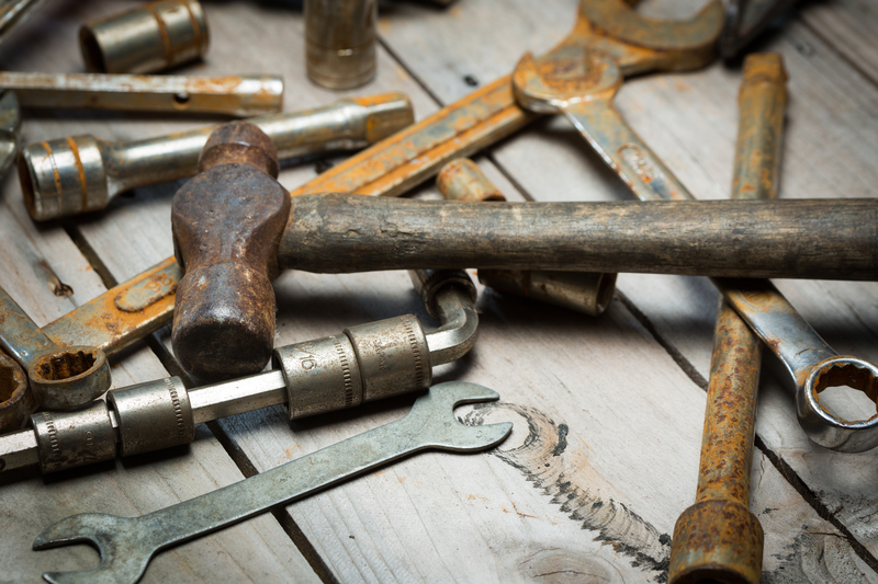 How To Clean Rusty Tools Hire It Direct